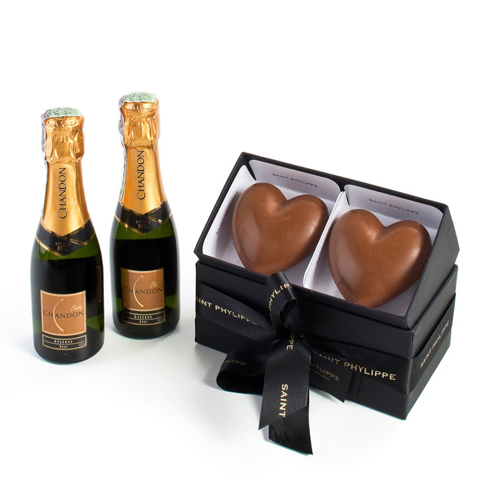 Baby-Chandon-com-Chocolates-Coracao-Saint-Phylippe